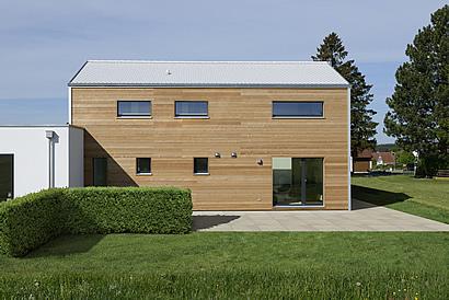 Weiße Dächer für den Klimaschutz. Foto: BauFritz