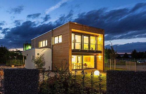 Smart-Home: Musterhaus Box auf dem Werksgelände