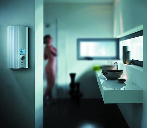 Sparsam, effizient und modern! Die neuen elektronischen Durchlauferhitzer für die dezentrale Warmwasserversorgung. Foto: AEG Haustechnik