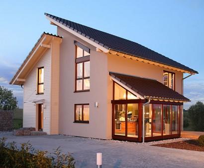 Fingerhaus er ffnet neues musterhaus in gie en for Haus bauen pultdach