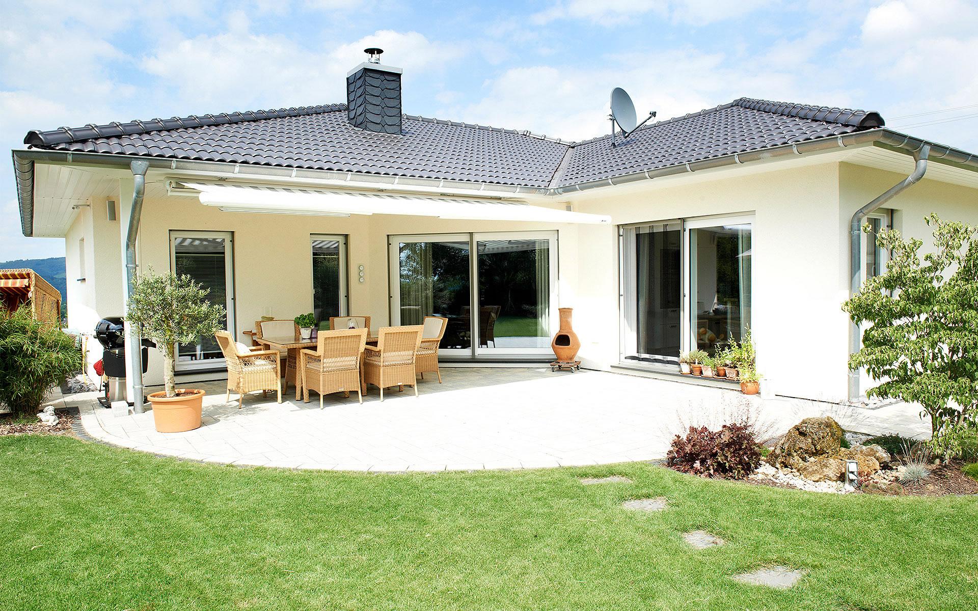 Cilia von Fingerhut Haus GmbH & Co. KG