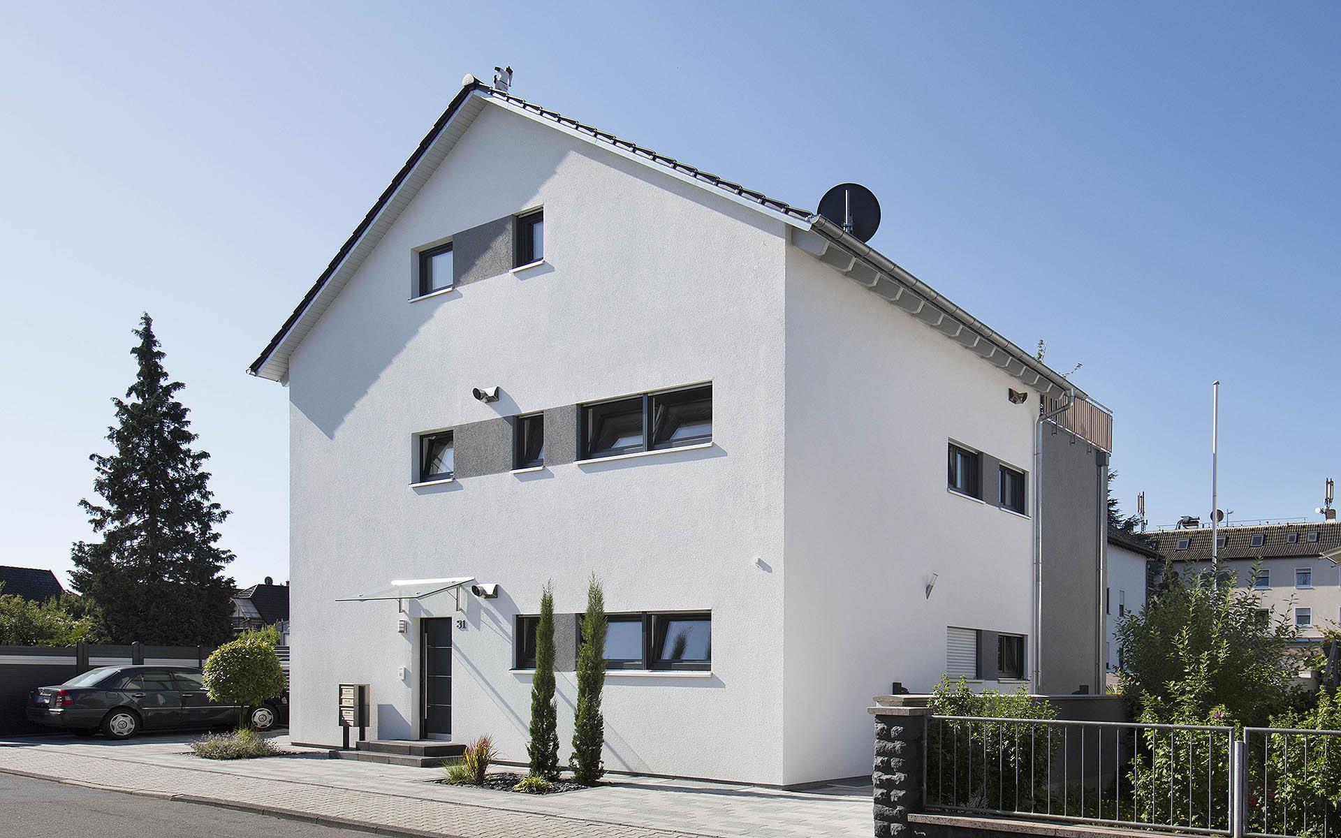 Dreifamilienhaus 230 von FischerHaus GmbH & Co. KG