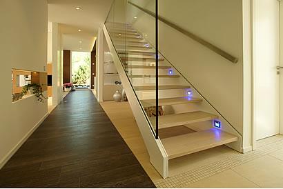 ausbauhaus ausbauh user lacasa generation x mit 224 63 qm und satteldach als holzrahmenbau. Black Bedroom Furniture Sets. Home Design Ideas