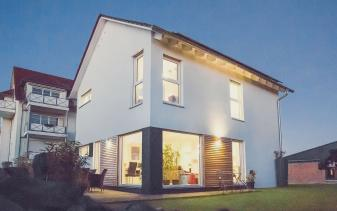FischerHaus - Musterhaus Klassisch 98