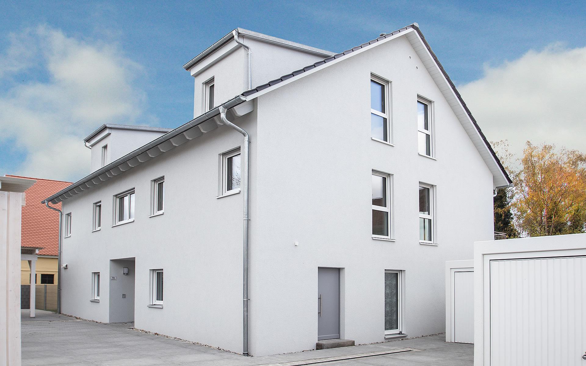Dreifamilienhaus 324 von FischerHaus GmbH & Co. KG