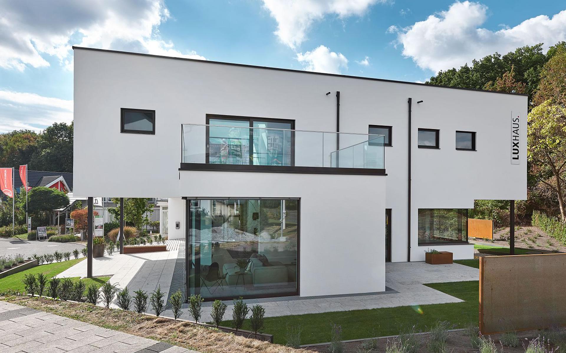 Musterhaus Bad Vilbel von LUXHAUS Vertrieb GmbH & Co. KG