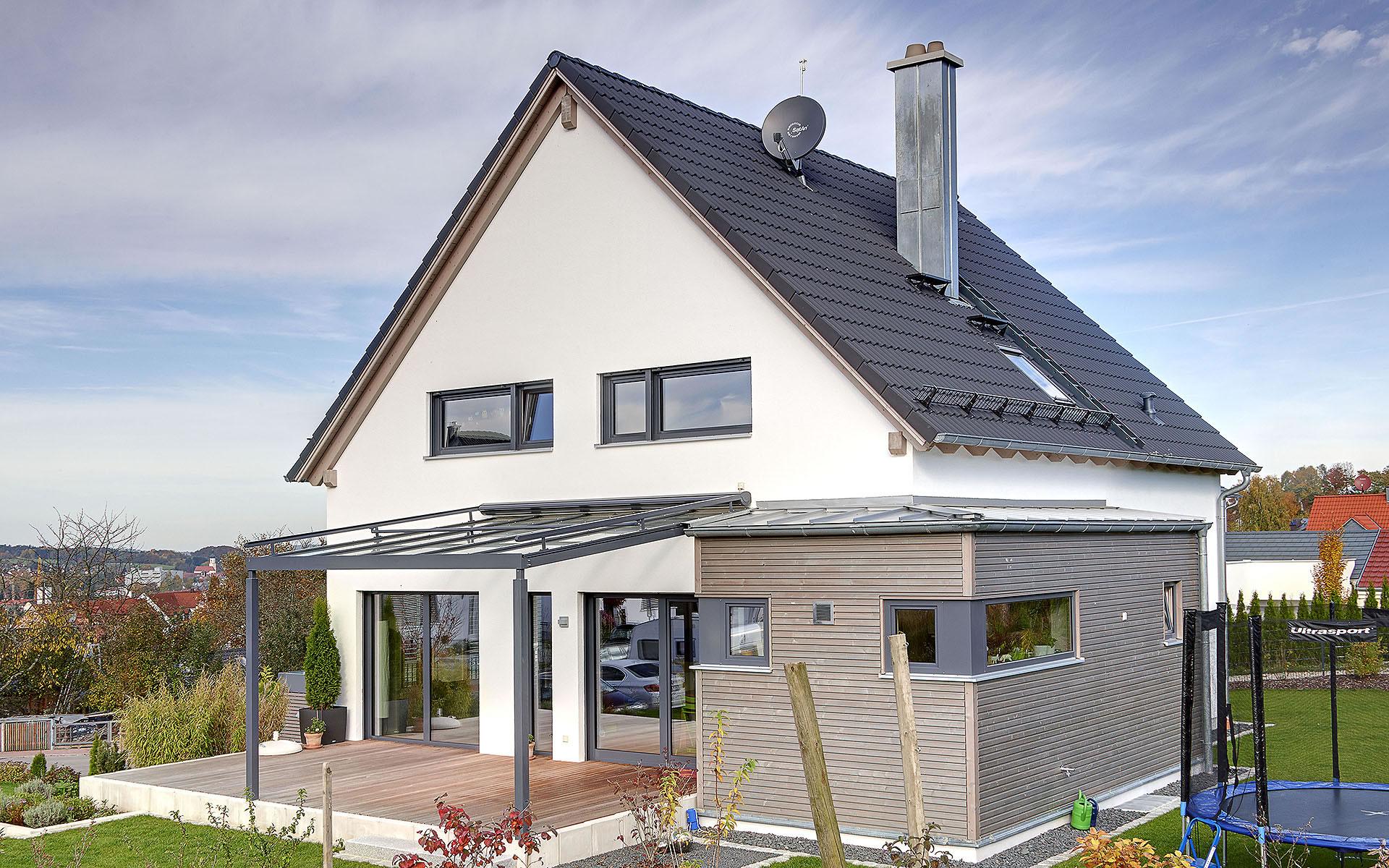 Hegger von Sonnleitner Holzbauwerke GmbH & Co. KG