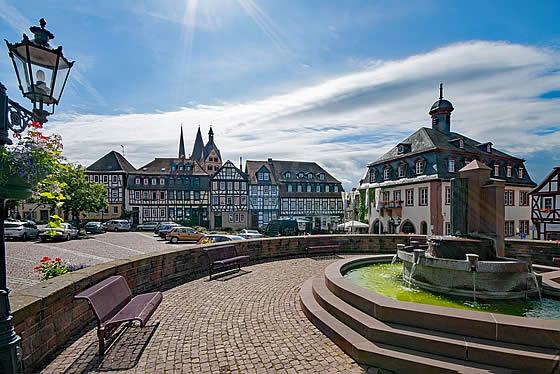 So gelangen Immobiliensuchende zu ihrem neuen Eigenheim in Hessen. Foto: lapping / pixabay.com
