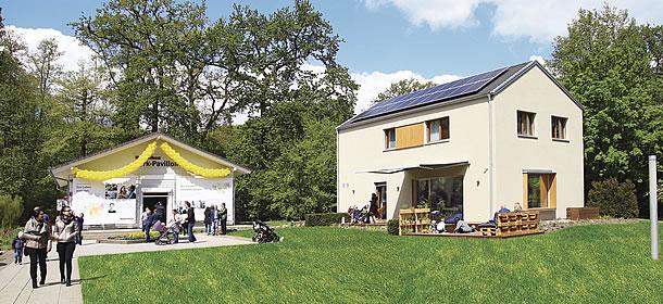 In der World of Living können am Sommerfest acht Ausstellungshäuser bei freiem Eintritt besichtigt werden. Foto: WeberHaus