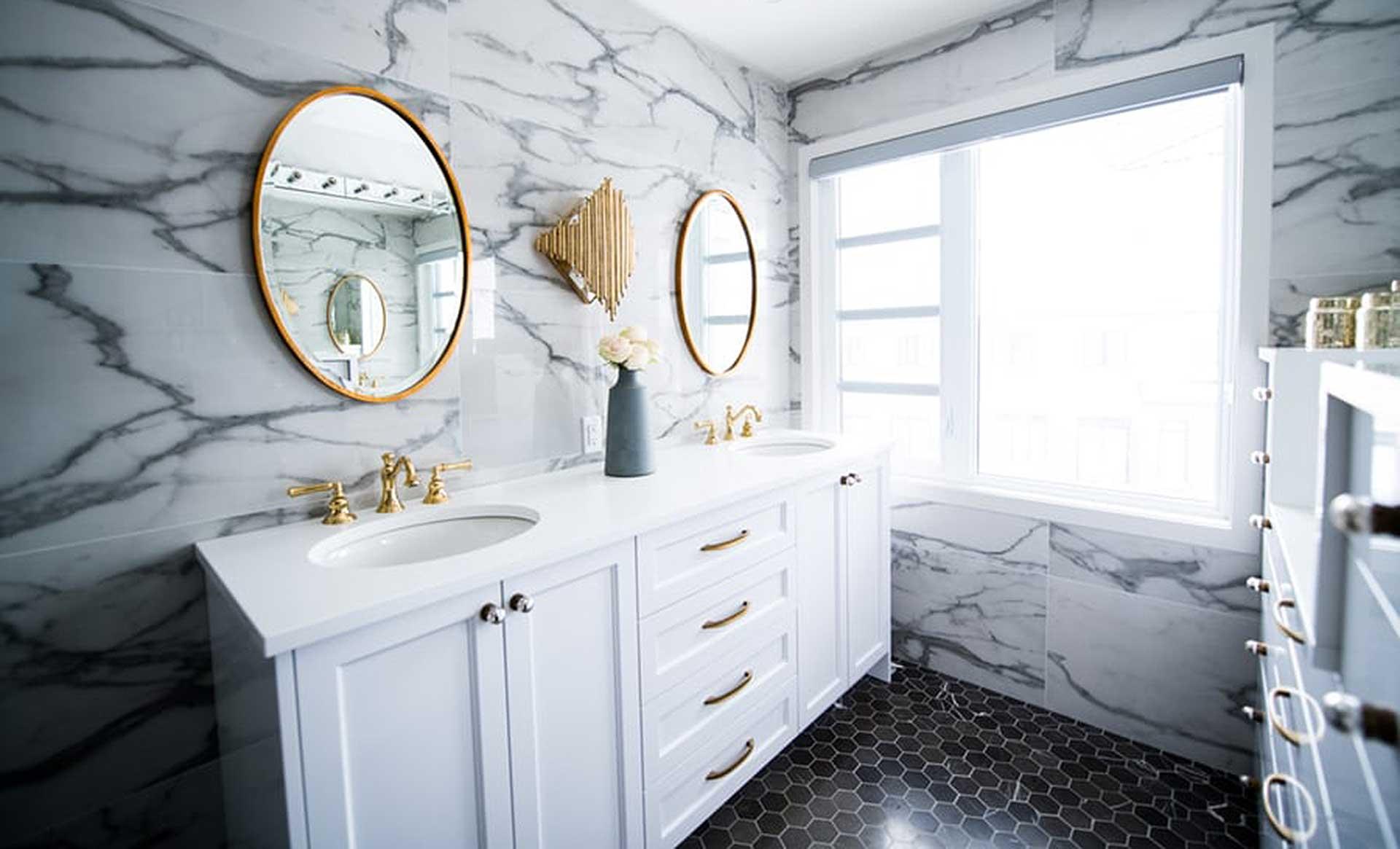 Planung eines Badezimmers. Foto: unsplash.com