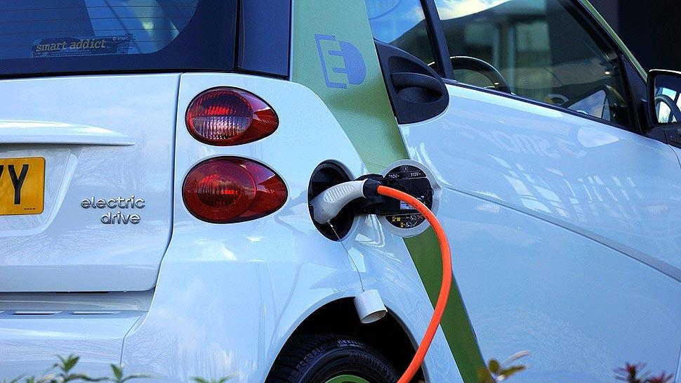 Elektroautos: Verbraucher schätzen Tankkosten oft falsch ein. Foto: pixabay.com
