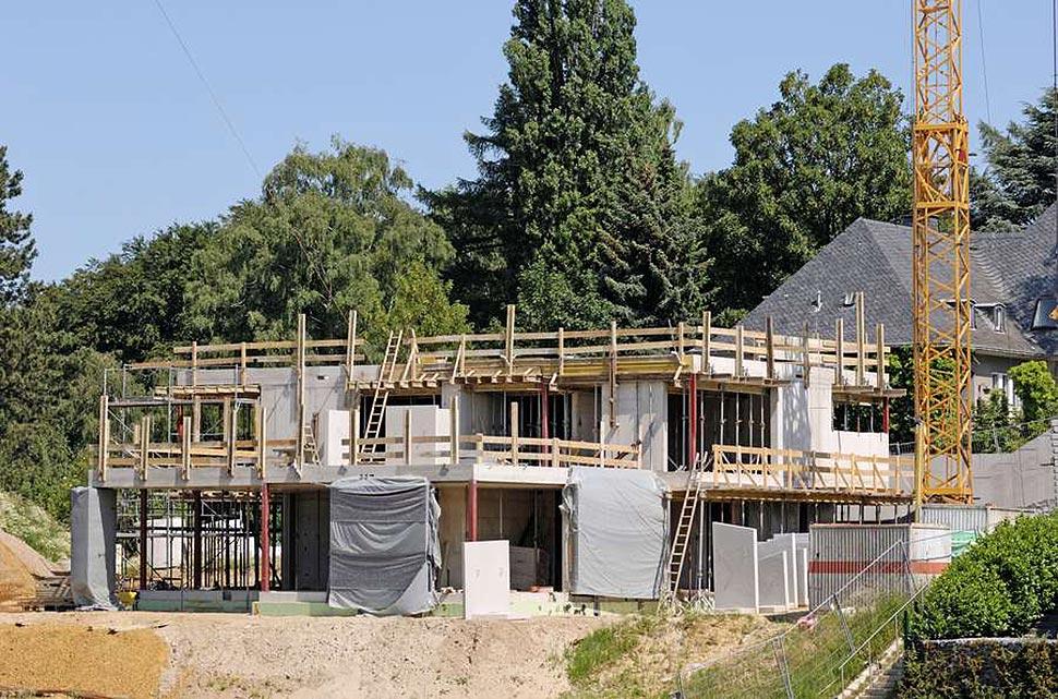 Mit einem Neubau lassen sich individuelle Wohnwünsche am besten erfüllen. Foto: djd / Dr. Klein Privatkunden / Getty Images / acilo