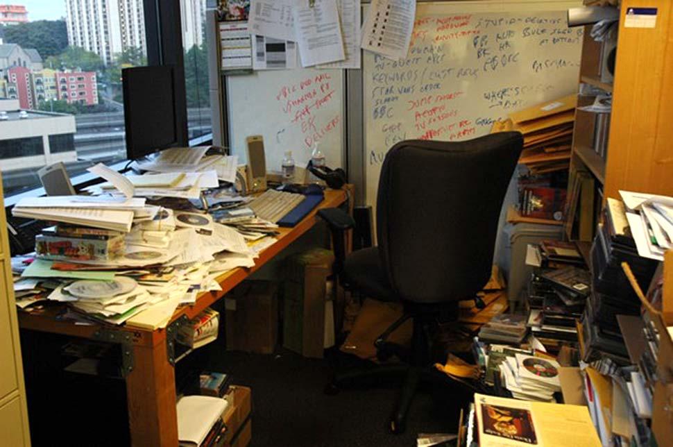 Wenn die Unordnung überhandnimmt, ist es Zeit, Ordnung zu schaffen. Glücklicherweise gibt es verschiedene Strategien, um diese Situation zu lösen. Foto: Wonderlane / Unsplash.com