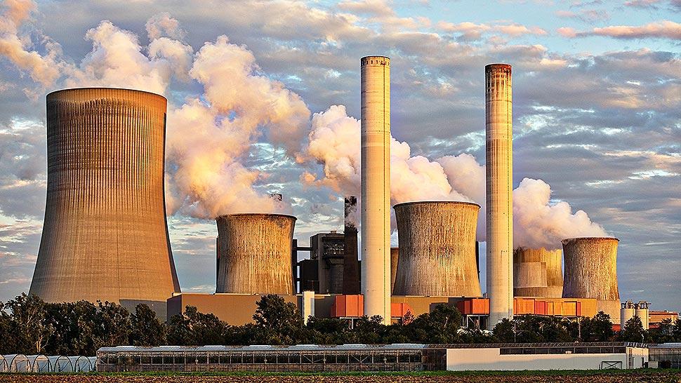 Marktforscher warnen vor einer Stromerzeugungslücke bereits in 2022. Daraus resultiere eine Laufzeitverlängerung fossiler Kraftwerke in Deutschland. Vor dem Jahreswechsel gebe es mit dem EEG die letzte legislative Möglichkeit zum Gegensteuern hin zu einem deutlich schnelleren Ausbau Erneuerbarer Energien in Kombination mit dem konsequenten Abbau von Marktbarrieren. Foto: pixabay.com