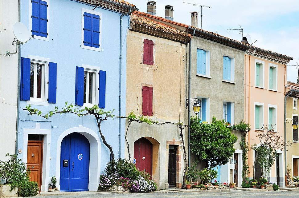 Fassadenanstrich leicht gemacht… und mit vielen Vorteilen verbunden. Foto: pixabay.com